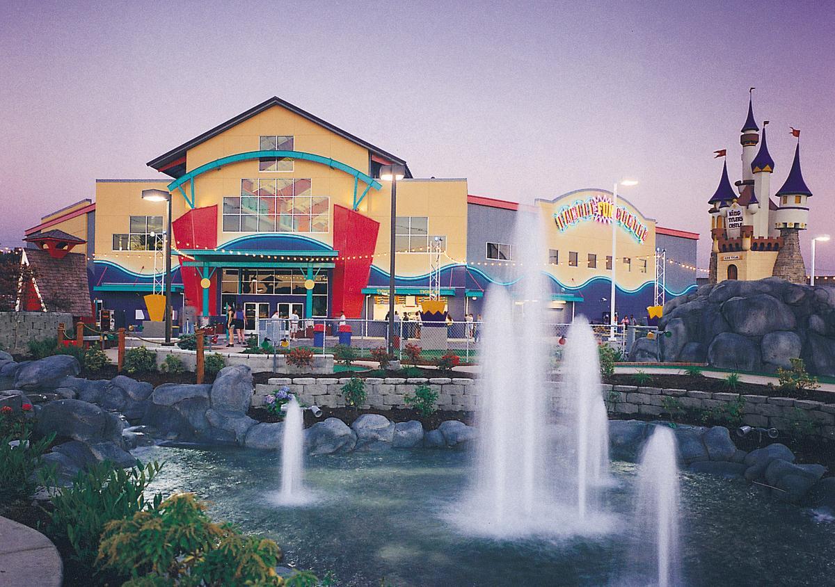 Family Fun Center & Bullwinkle's Restaurant