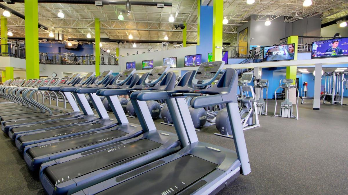 Onelife Fitness Greenbrier