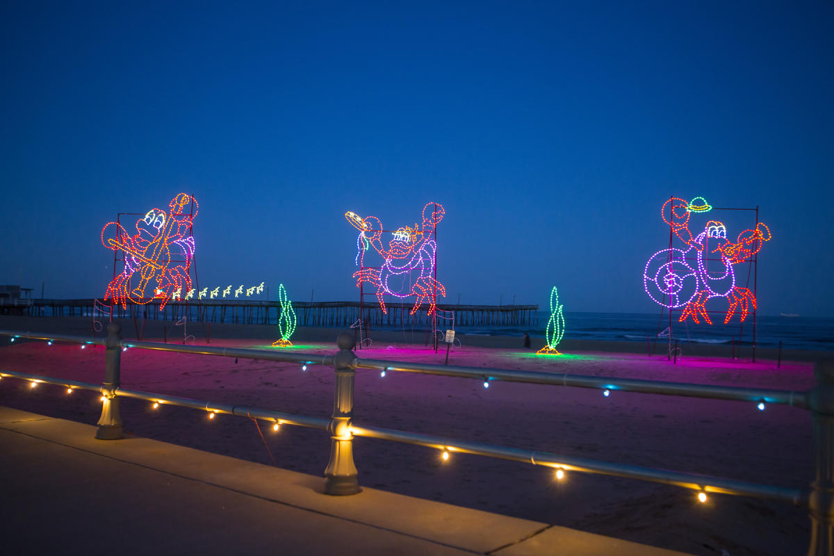 Virginia Beach Boardwalk Christmas Lights 2020 BayPort Credit Union Holiday Lights Merry Mile