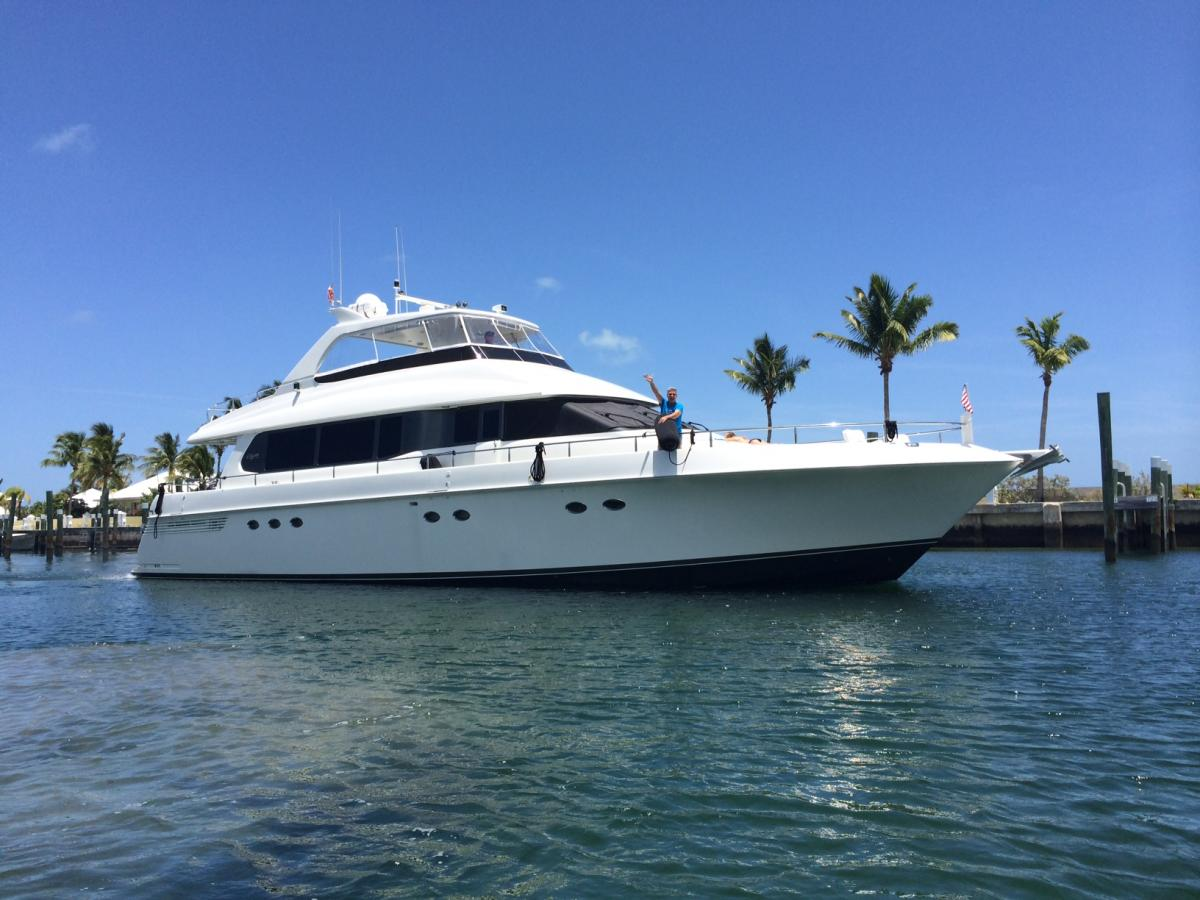 Are you are Considering a Luxury Yacht Charter?