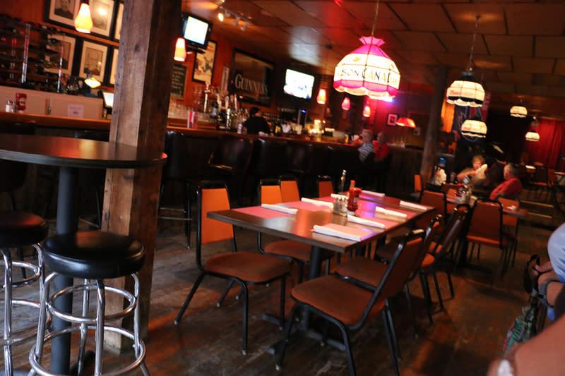 Buffalo Bills Family Restaurant Tap Room