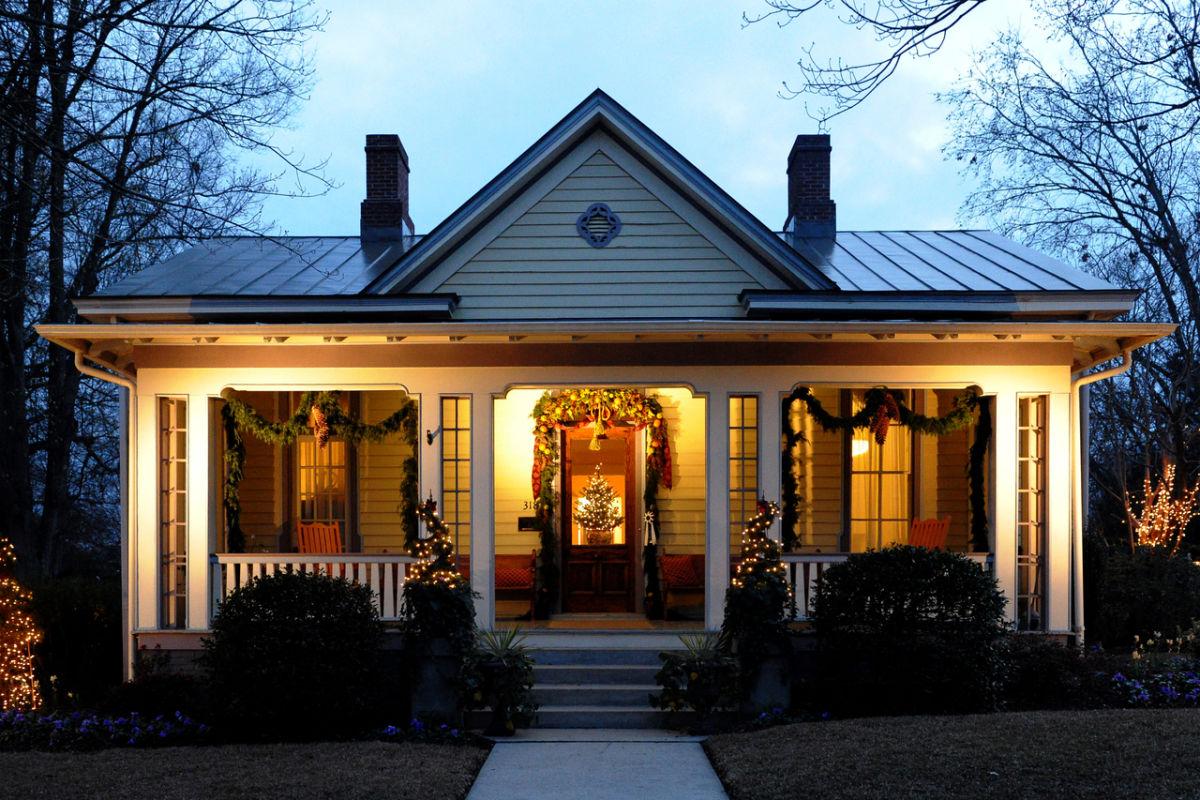 Historic Oakwood | Raleigh, NC 27604