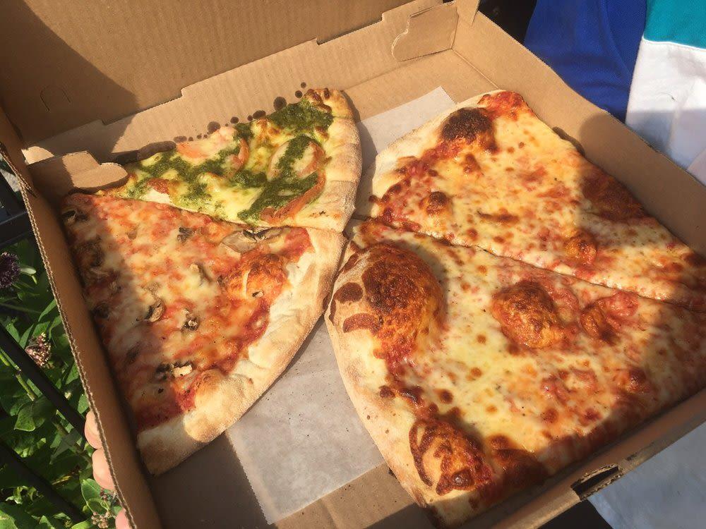 Pier Pizza Wakefield Ri 02879