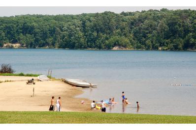 Deam_Lake.jpg