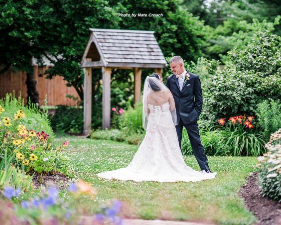 Avon Gardens Wedding Venue | Avon, Indiana