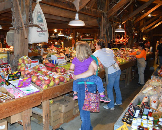 Beasley's Orchard - Market