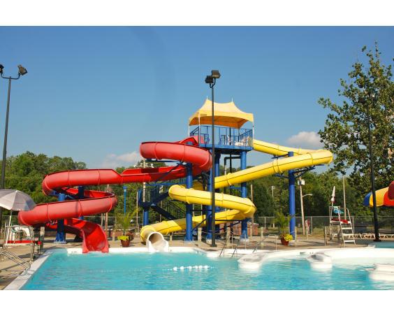 Ellis Park and Gill Family Aquatic Center Slide