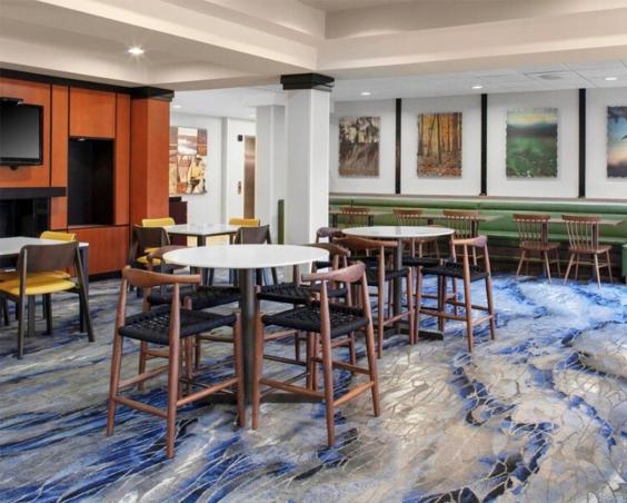 Fairfield Inn & Suites -  dining