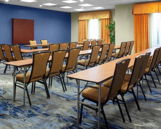 Fairfield Inn & Suites - Classroom