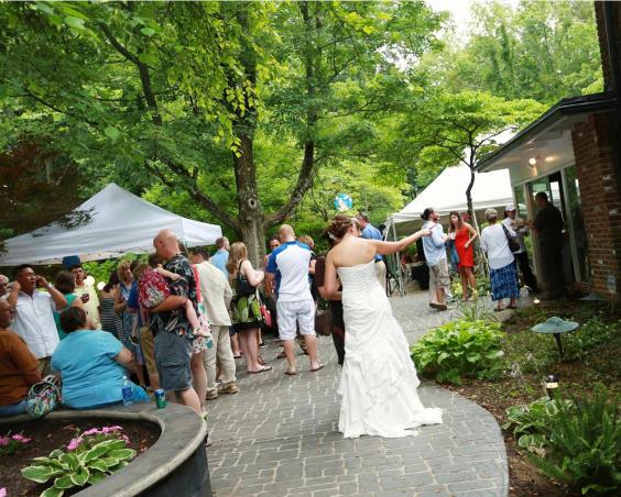 Barn at Kennedy Farm - Outdoor Wedding Reception