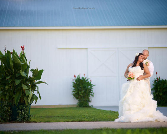 Cartlidge Barn - Outdoor Wedding Photos by Nate Crouch