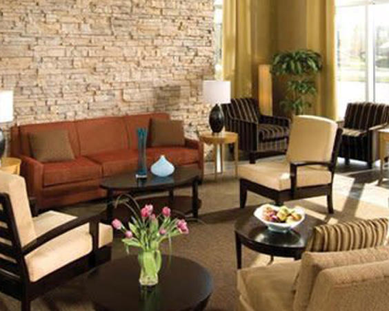 Indianapolis Airport Suites - Lobby
