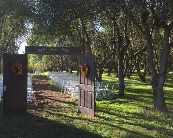 Martha's Orcahrd - Outdoor Wedding Set Up