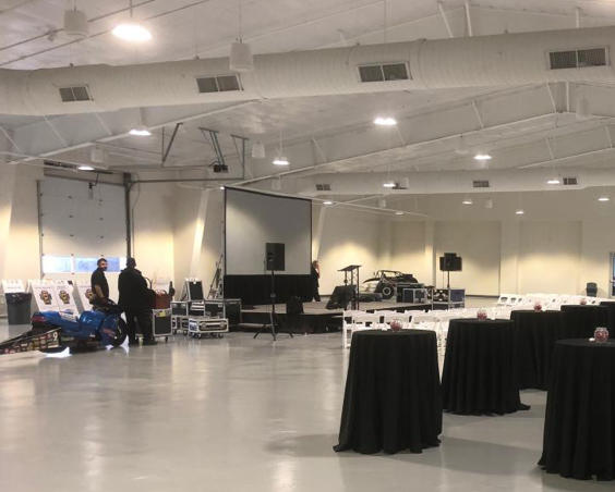 Top Eliminator Club at Lucas Oil Raceway - Indoor Set Up With Cars