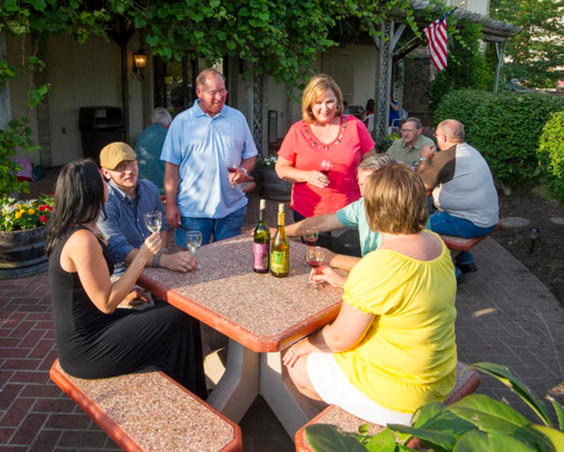 Chateau Thomas Winery - Outdoor Seating