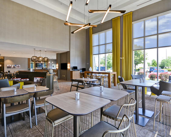 SpringHill Suites - Dining Room