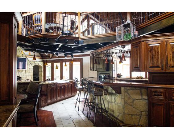 Lizton Lodge - Indoor Bar