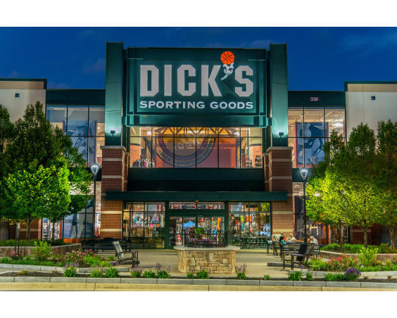 The Shops of Perry Crossing Dick's Courtyard