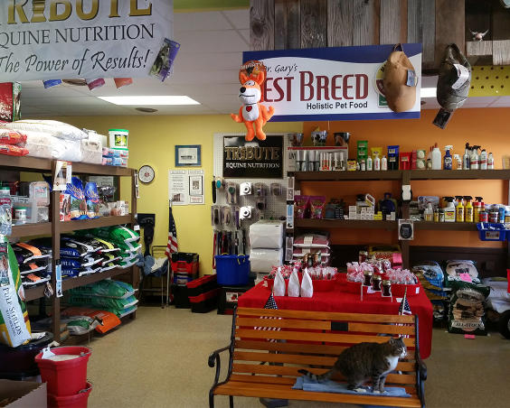 Big Tuck's Feed - Store Interior