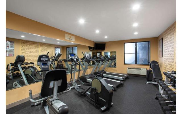 LaQuinta Exercise Room