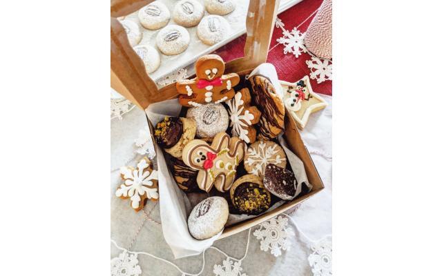 Scones & Doilies Cookies