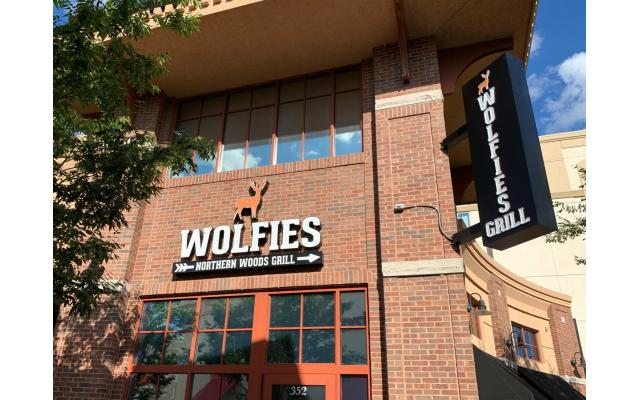 Wolfies Grill