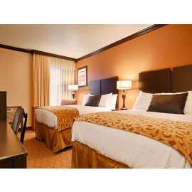 Deluxe 2 Queen Bed Room
