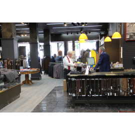 Store Interior: Front Desk