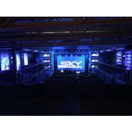 Mezzanine center stage