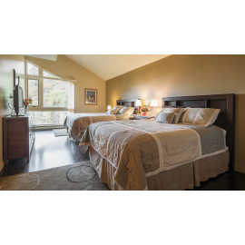 Two Queen Master Bedroom Hellgate N