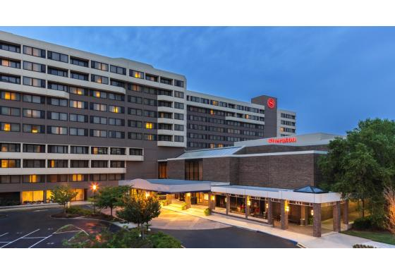 Sheraton Norfolk Waterside Hotel | Norfolk VA, 23510