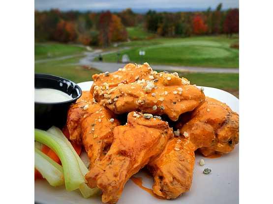 The Hideaway chicken wings