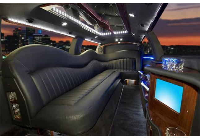 10 Passenger Lincoln Town Car Interior
