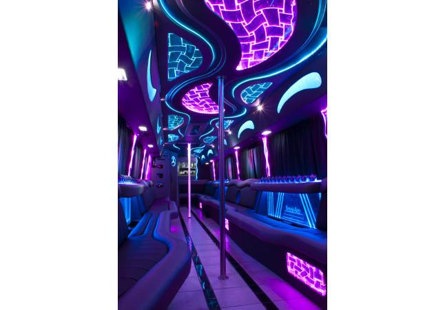 Luxxor 6 Interior