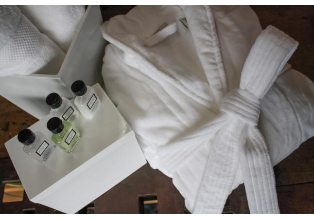 Plush robe and Beekman 1802 amenities