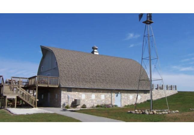 Simpson Barn, The
