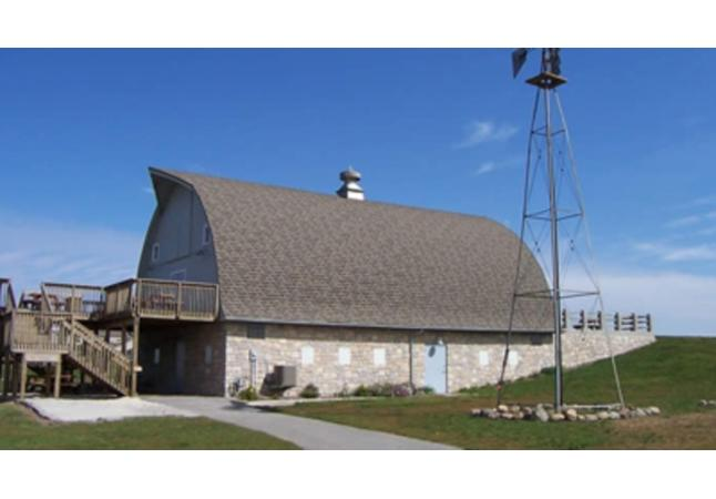 Simpson Barn, The