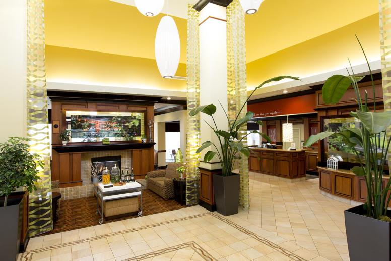 Hilton Garden Inn Carmel Lobby