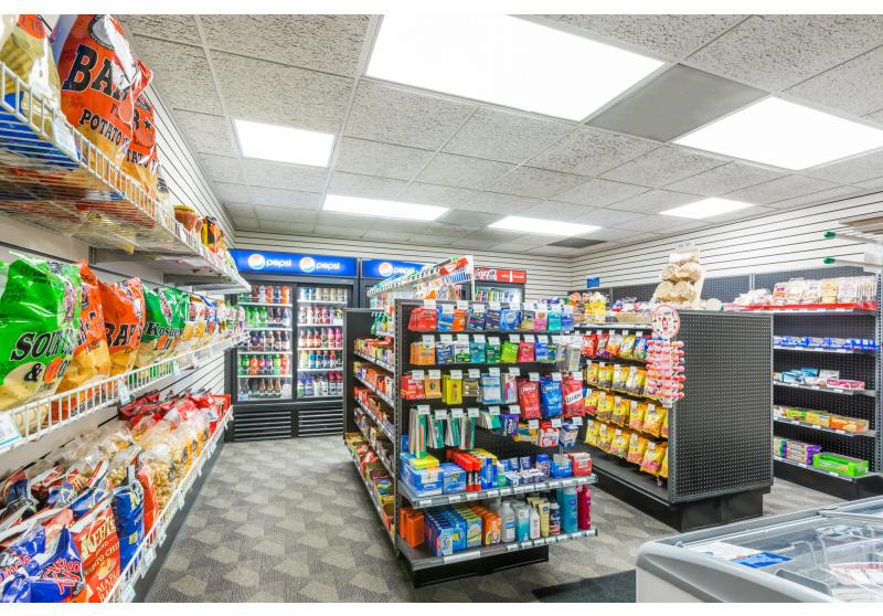 Gift Shop & Pantry
