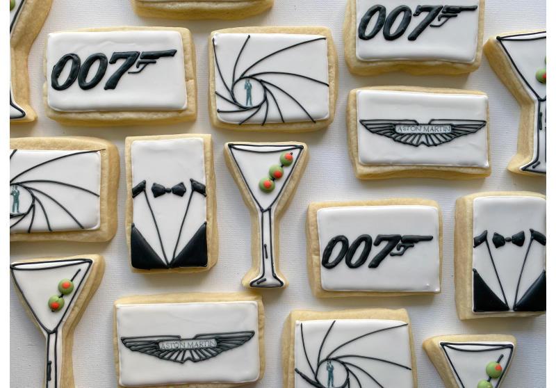 007 Theme