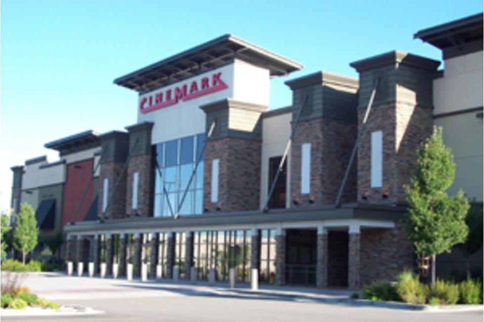 Cinemark University Mall