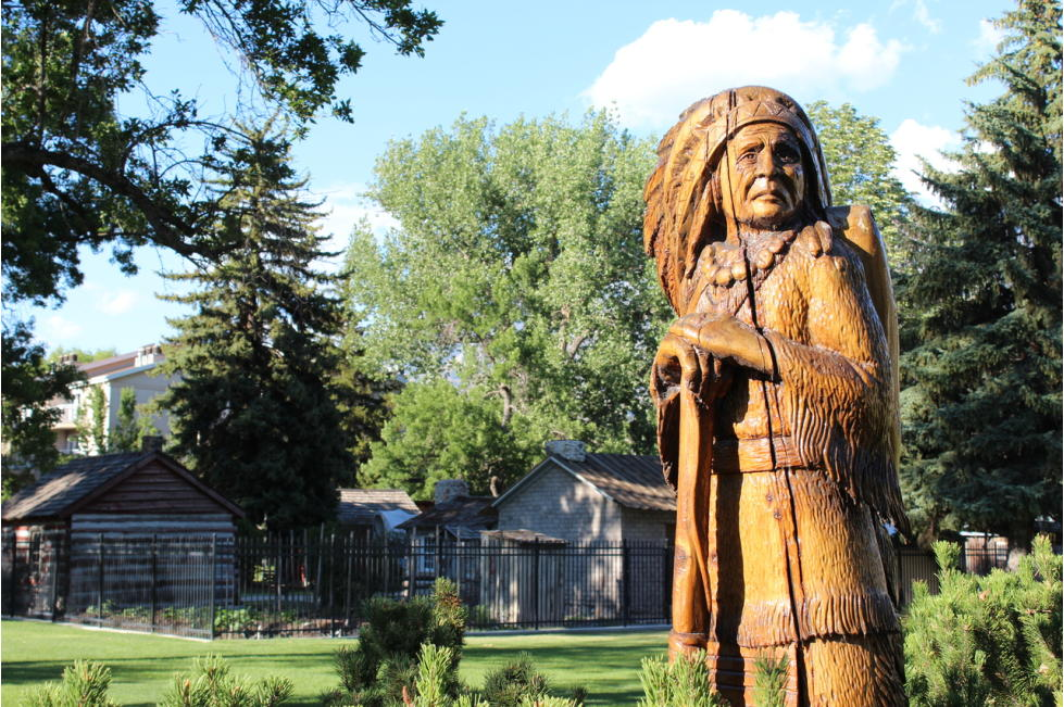 Native American Carving and Cabings