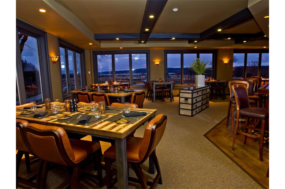 Hunt_Club_Steakhouse.jpg