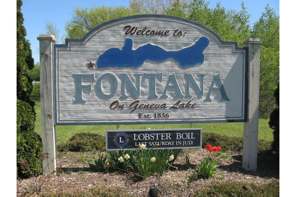Village_of_fontana.jpg