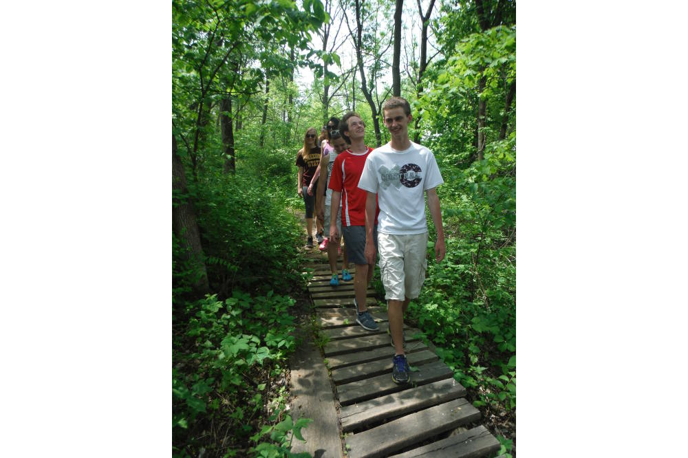 Trails_Hiking_youth