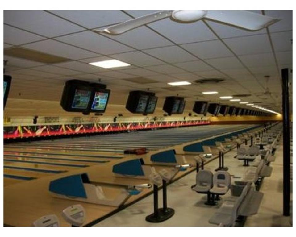 Bowlerama Family Entertainment Complex