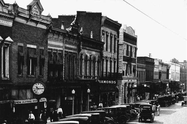 Downtown Heritage Walk