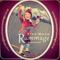 Blue Rummage logo