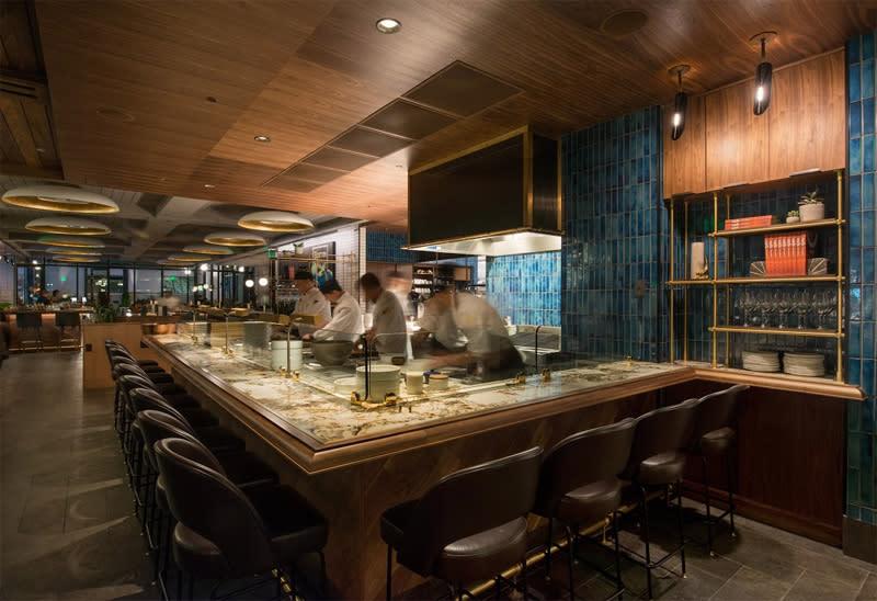 Earls Kitchen Bar Prudential Center