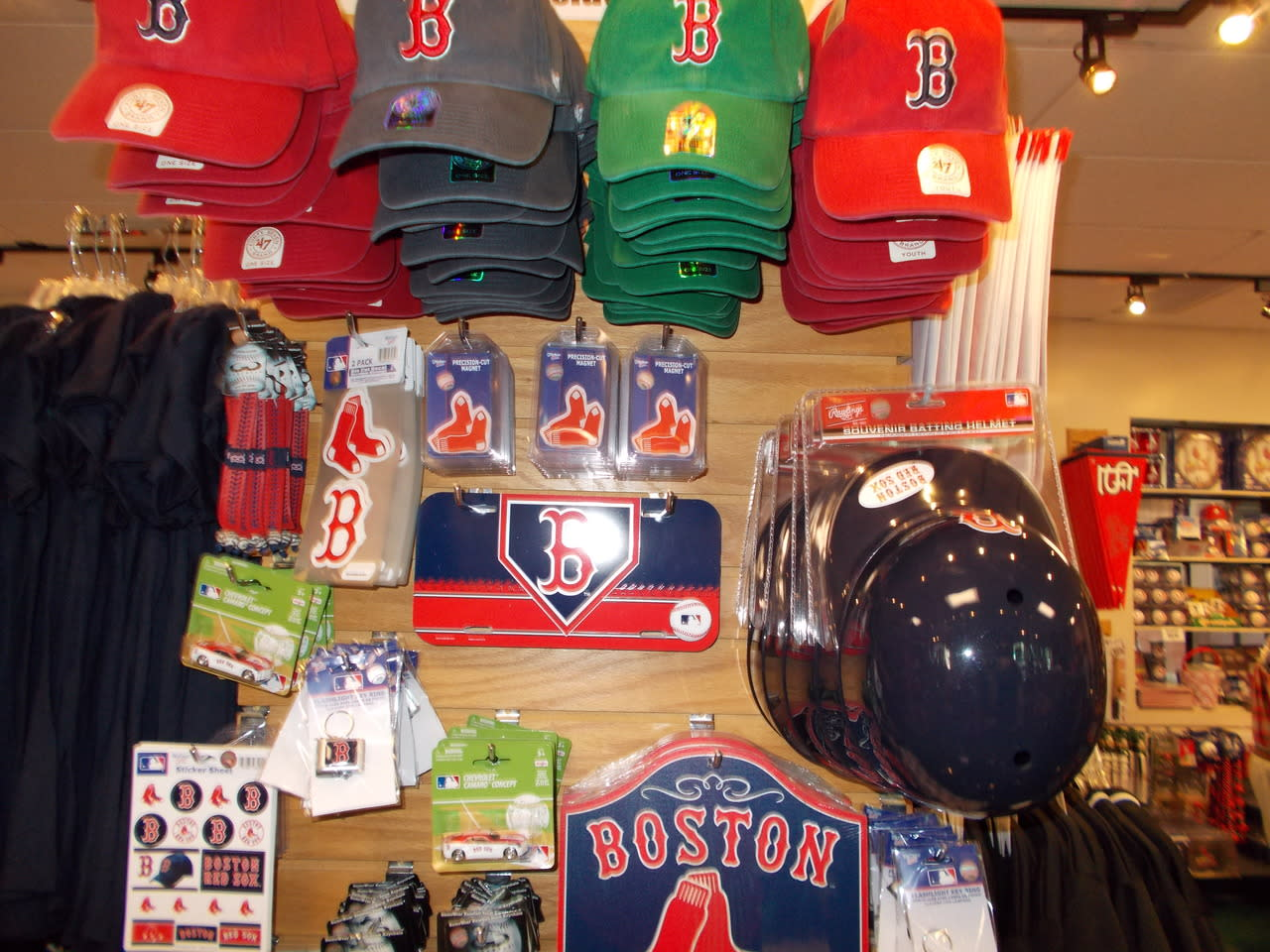 huge selection of 5f881 dafe9 Red Sox Team Store